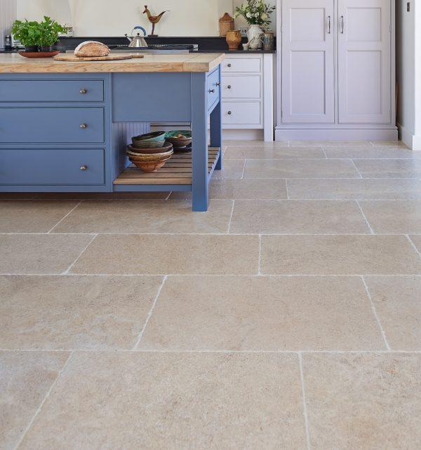 Ca' Pietra Calcot Limestone. Edinburgh Tile Studio.