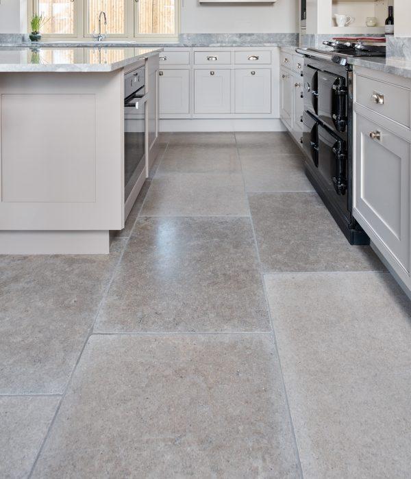 Ca' Pietra Corfe Limestone. Edinburgh Tile Studio.