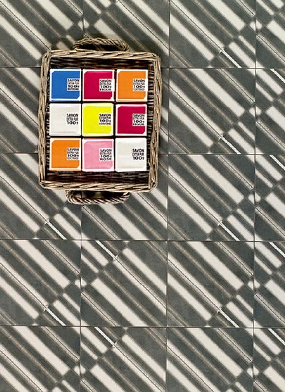 Mutina Azulej Nero Diagonal. Edinburgh Tile Studio