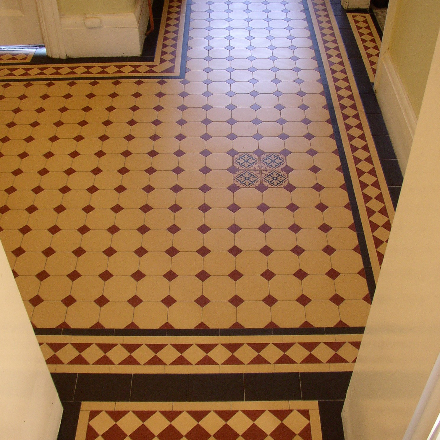 Olde English Victorian Floor Barton Pattern Edinburgh