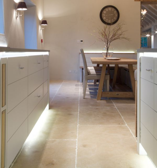 Kitchen Tiles Edinburgh: Ca' Pietra Limestone, Neranjo (seasoned)