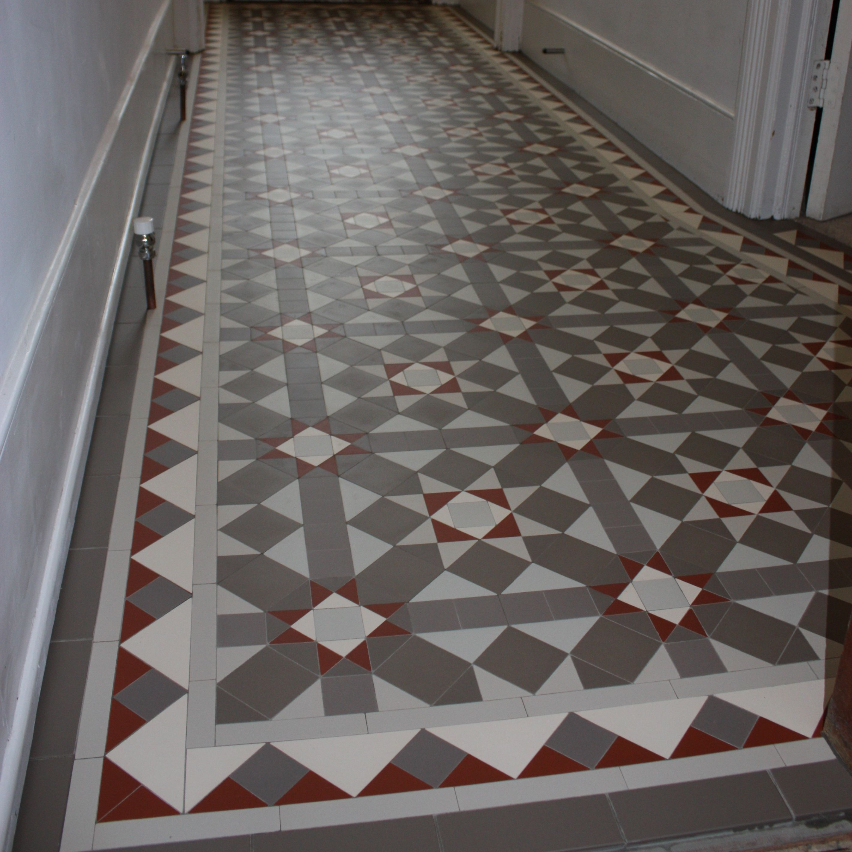 Olde english victorian floor grasmere pattern edinburgh for Old english floor