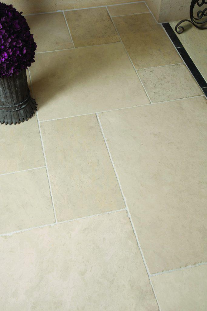 Ca' Pietra Lunar Limestone, tumbled, tile shot, Edinburgh Tile Studio