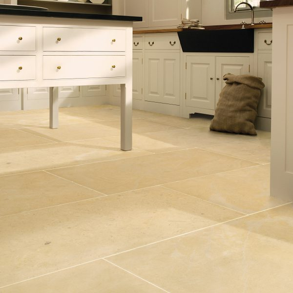 Kitchen Tiles Edinburgh: Ca' Pietra Limestone, Neranjo (honed)