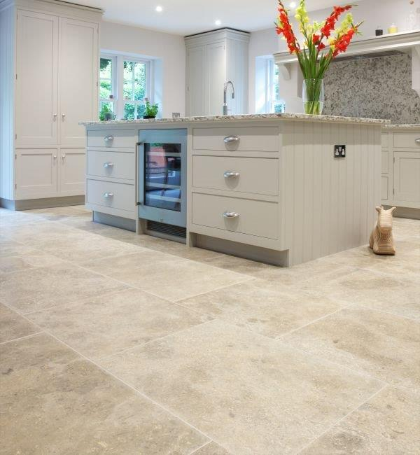 Kitchen Tiles Edinburgh: Ca' Pietra Limestone, Weltzner (satino)